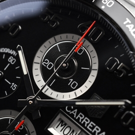 TA21052S Tag Heuer Carrera Chronograph Day Date Close5