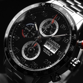 TA21052S Tag Heuer Carrera Chronograph Day Date Close2 1