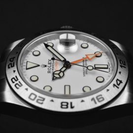 RO21165S_Rolex_Explorer_II_Orange_Hand_Close8.JPG