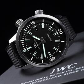 IW21561S IWC Aquatimer Automatic Vintage Close10