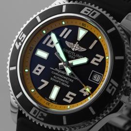 BR21568S Breitling SuperOcean 42 Close1