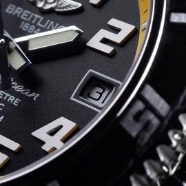 BR21568S Breitling SuperOcean 42 Close6