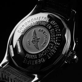 BR21568S Breitling SuperOcean 42 Close9
