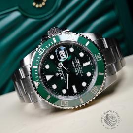 RO21730S Rolex Submariner Date Green Bezel Close10