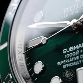 RO21730S Rolex Submariner Date Green Bezel Close5
