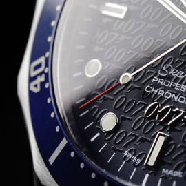 OM21861S Omega Seamaster '007 40th Anniversary Edition' Close5 1
