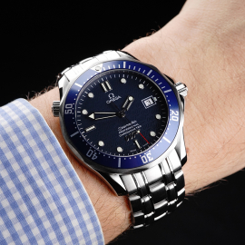 OM21861S Omega Seamaster '007 40th Anniversary Edition' Wrist