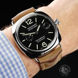 PA1932P Panerai Radiomir Black Seal Wrist