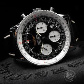 BR22111S Breitling Navitimer Chronograph Close10