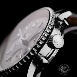 BR22111S Breitling Navitimer Chronograph Close7