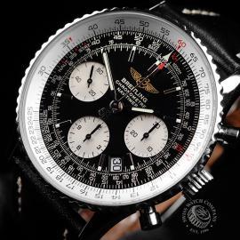 BR22111S Breitling Navitimer Chronograph Close2
