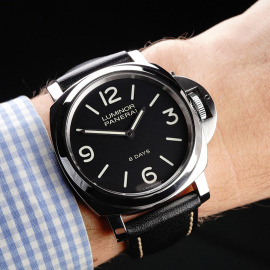 PA22112S Panerai Luminor Base 8 Days Wrist