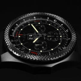 1871P Breitling Bentley 6.75 Midnight Carbon Limited Edition Close4