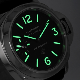 19043S Panerai Luminor Marina Logo Close1