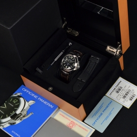 19043S Panerai Luminor Marina Logo Close10