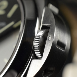 19043S Panerai Luminor Marina Logo Close5