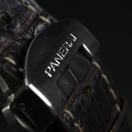 19043S Panerai Luminor Marina Logo Close9 1