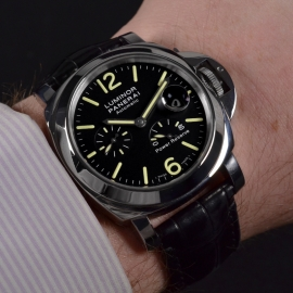 21036S_Panerai_Luminor_Power_Reserve_Wrist.jpg