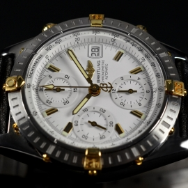 21068S_Breitling_Chronomat_Evolution_Close3.jpg