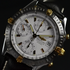 21068S_Breitling_Chronomat_Evolution_Close4.jpg