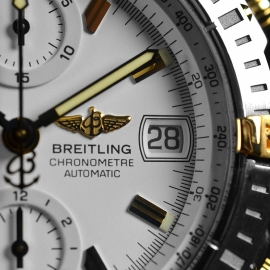 21068S_Breitling_Chronomat_Evolution_Close8.jpg