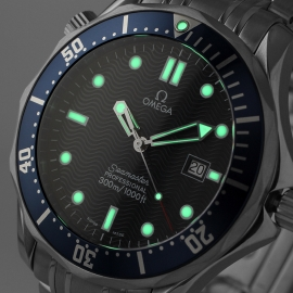21421S_Omega_Seamaster_Professional_Quartz_Close1.jpg