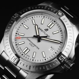 21494S Breitling Colt 41 Close3