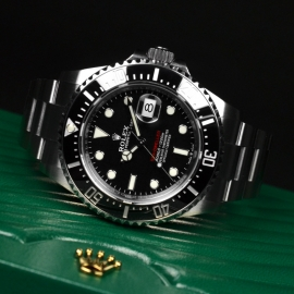 21500S Rolex Sea Dweller 50th Anniversary Close10