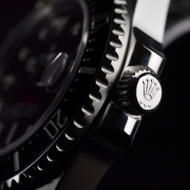 21500S Rolex Sea Dweller 50th Anniversary Close2