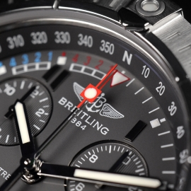 21520S Breitling Avenger Seawolf Chrono Close7