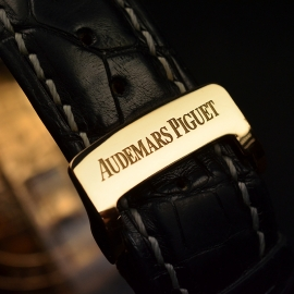 AP18846S Audemars Piguet Millenary Maserati Dual Time Close5