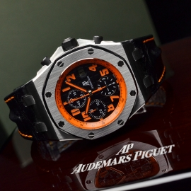 AP20987S_Audemars_Piguet_Royal_Oak_Offshore_Close10.JPG
