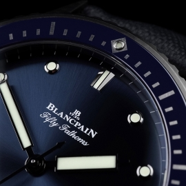 BL21450S Blancpain Fifty Fathoms Bathyscaphe Close5
