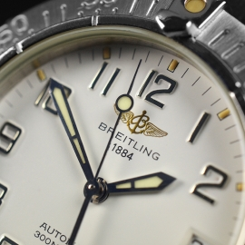 BR21314S_Breitling_Colt_Automatic_Close5_1.JPG