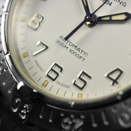 BR21314S_Breitling_Colt_Automatic_Close6.JPG
