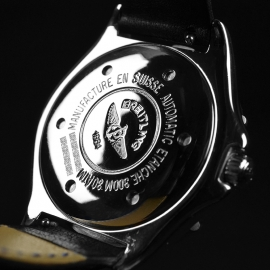 BR21314S_Breitling_Colt_Automatic_Close9_2.JPG