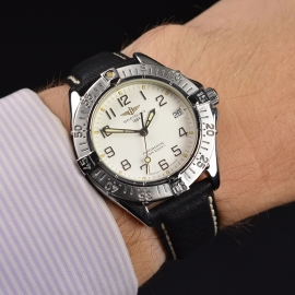 BR21314S_Breitling_Colt_Automatic_Wrist.JPG