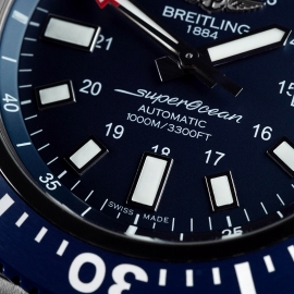 BR21635S Breitling SuperOcean 44 Special Close 4