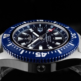 BR21635S Breitling SuperOcean 44 Special Close 6
