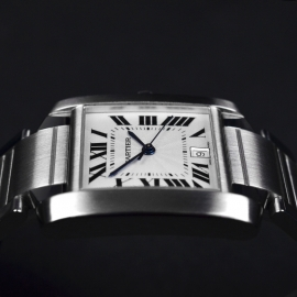 CA20889S_Cartier_Tank_Francaise_Large_Size_Close8.JPG