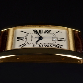 Cartier Tank Americaine 18ct Close3