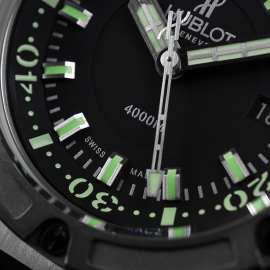 HU1840P Hublot King Power Oceanographic 4000 Limited Edition Close6