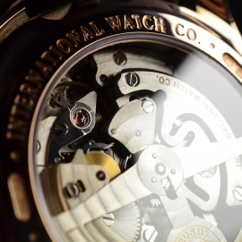 IW1859P_IWC_Portugieser_Yacht_Club_Close9.JPG