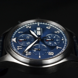 IW20694S_IWC_Pilots_Spitfire_Chrono_Laureus_Close8_1.JPG