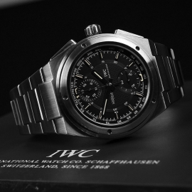 IW20846S IWC Ingenieur Chronograph Close10