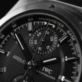 IW20846S IWC Ingenieur Chronograph Close4