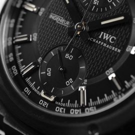 IW20846S IWC Ingenieur Chronograph Close5