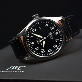 IW21223S_IWC_Pilots_Watch_Mark_XVIII_Close10.JPG