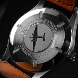 IW21223S_IWC_Pilots_Watch_Mark_XVIII_Close9.JPG