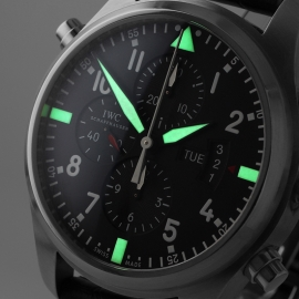IW21303S_IWC_Pilots_Double_Chronograph_Close1.jpg